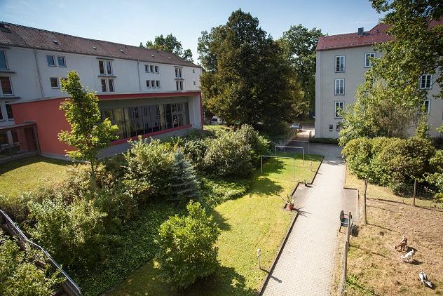 Wohnzentrum_Innenhof3.jpg